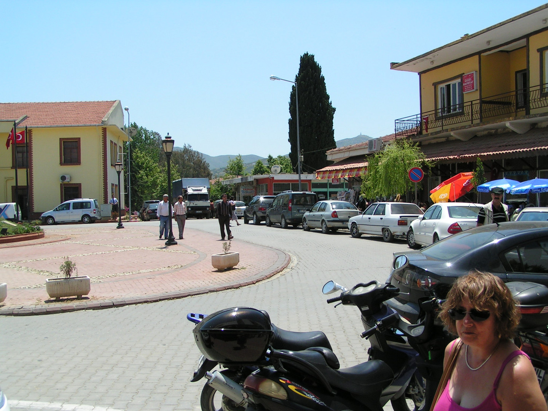 On route to Gazipasa - town center