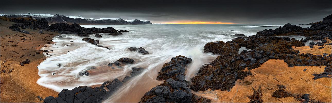 [ ... on the shore of búðir ]