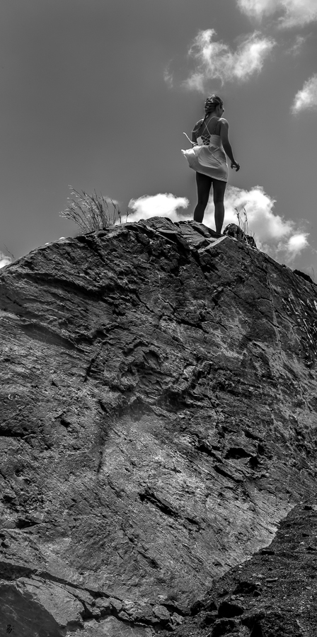 on top / on the rocks