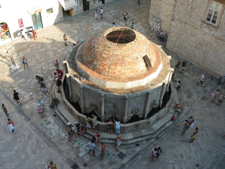 Onofrio- Brunnen