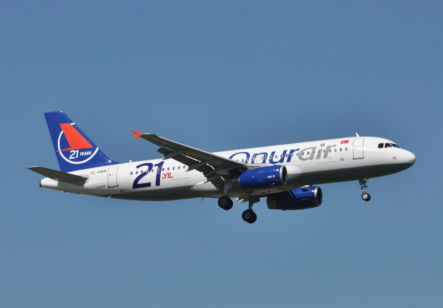 Onur Air TC-OBN