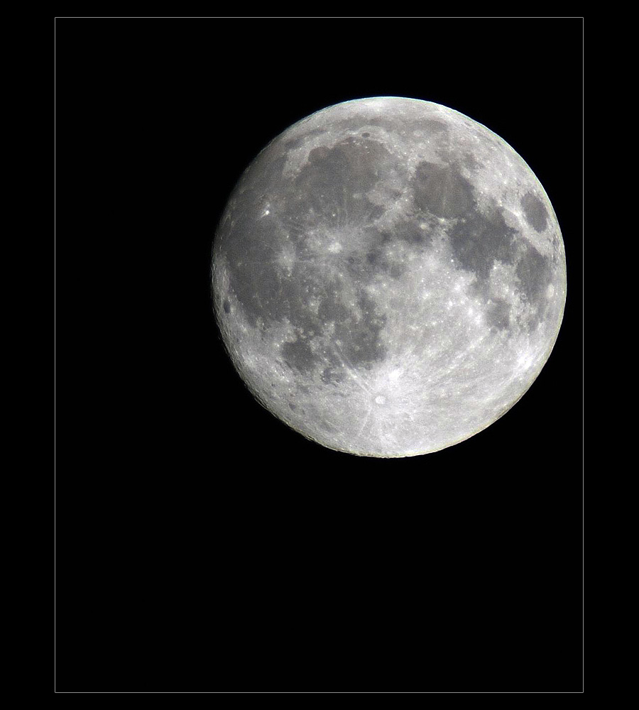.oO Moonshine Oo.