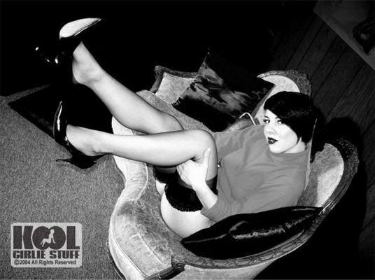 Ooo la la Sofa Stocking Teezer (Part Two)