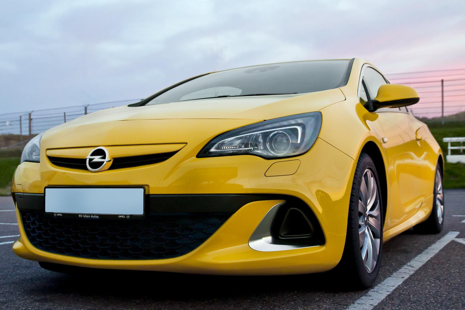 Opel Astra J OPC 1