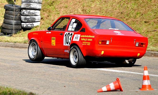 Opel Kadett C/CC ~ Dreibein