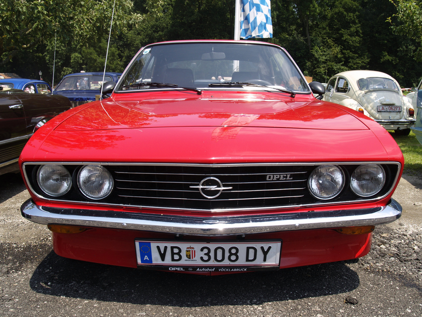 opel manta a foto bild autos zweir der oldtimer youngtimer auto legenden bilder auf. Black Bedroom Furniture Sets. Home Design Ideas