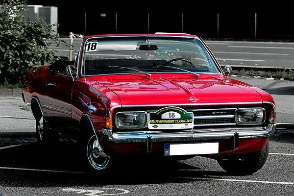 Opel Rekord 1700L offen