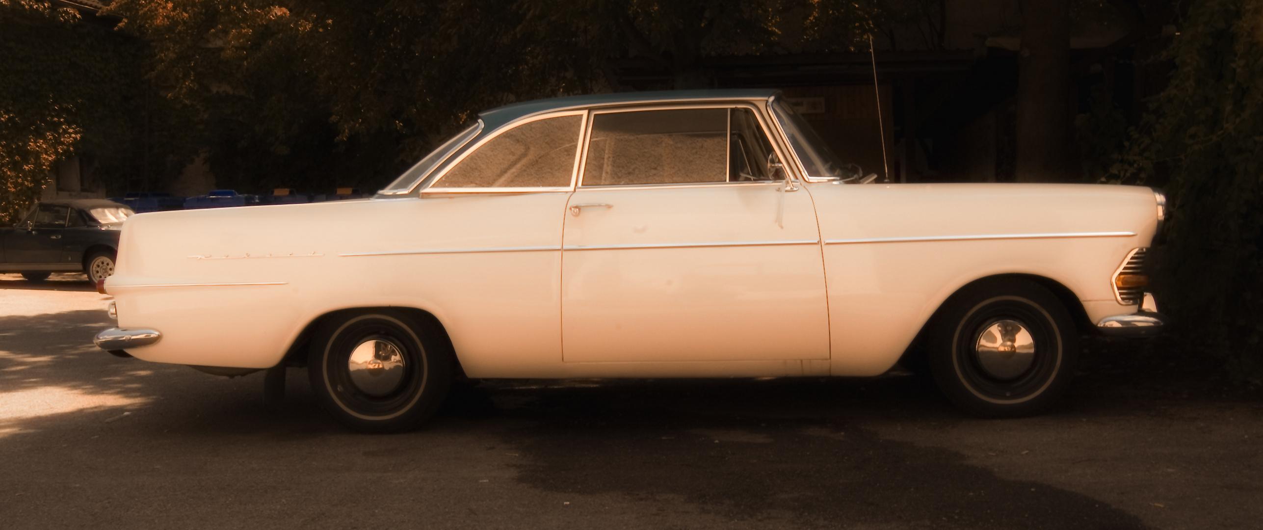 Opel Rekord Coupé IV.