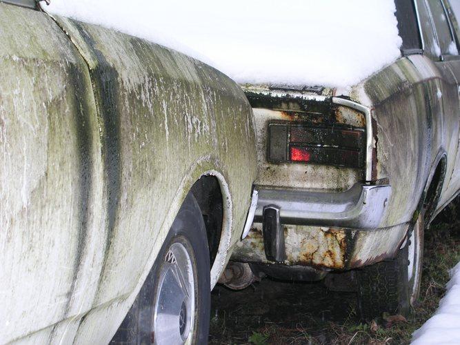 Opel Rekord und Opel Rekord im Schnee (2)