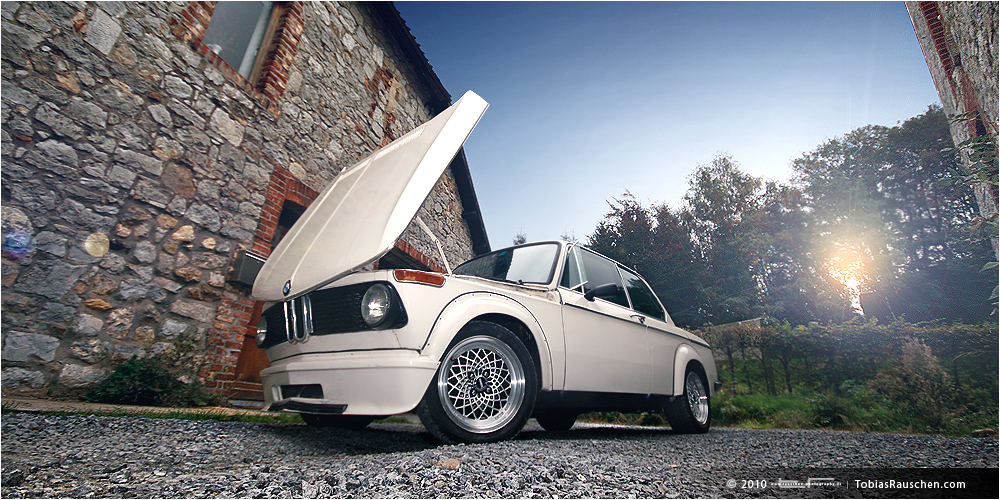 : : : Open your Heart   BMW 2002 Turbo : : :