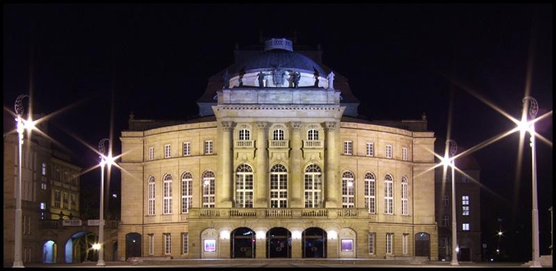 Oper Chemnitz bei Nacht