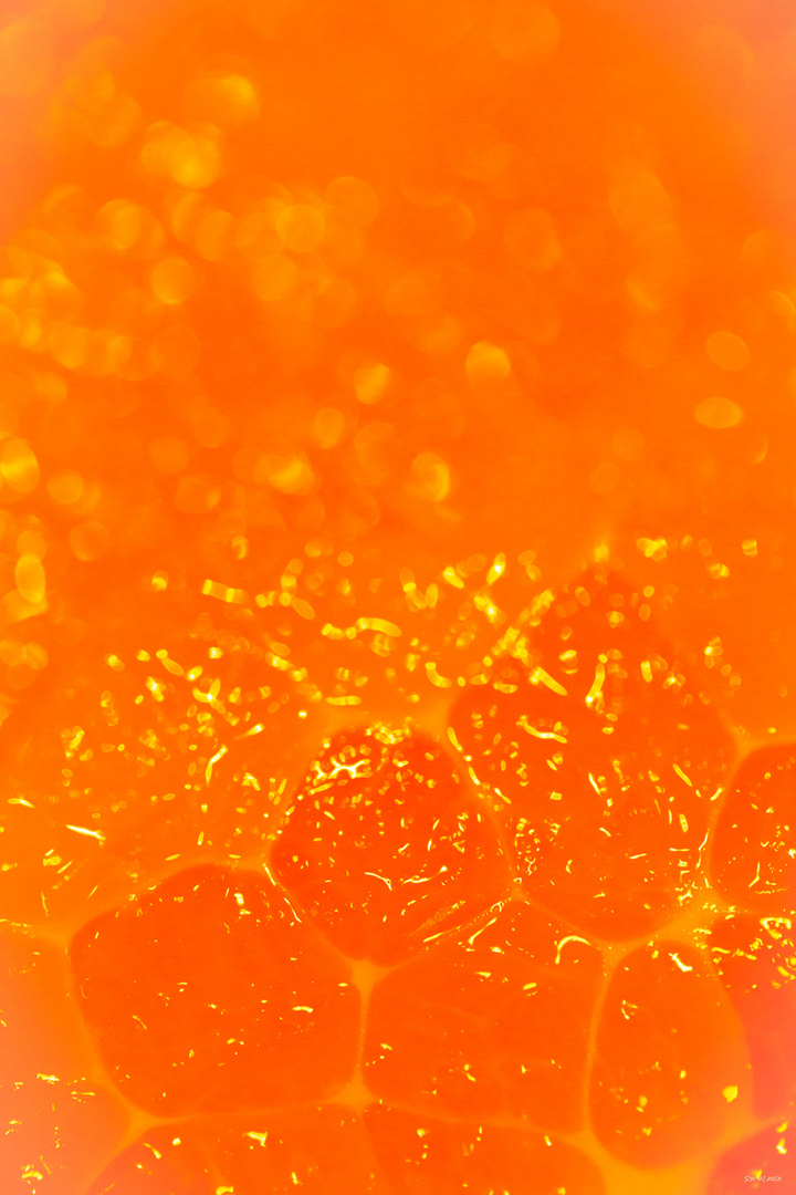 - Orange -