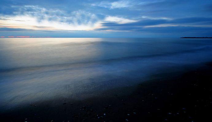 Ore 19,21 mare in calma piatta