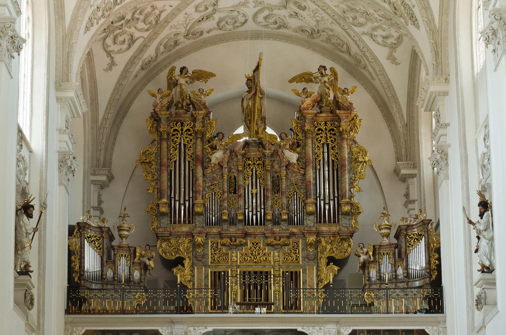 Orgel der Stadtpfarrkirche St. Mariä Himmelfahrt - Landsberg am Lech