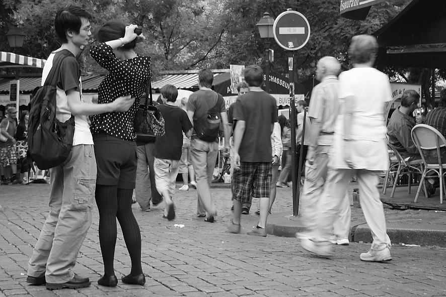 oriental hug in paris