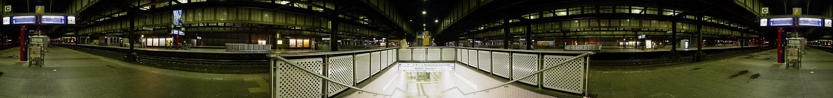 Orientierungslos im Duisburger Bahnhof...