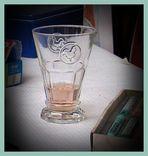 originelles Trinkglas