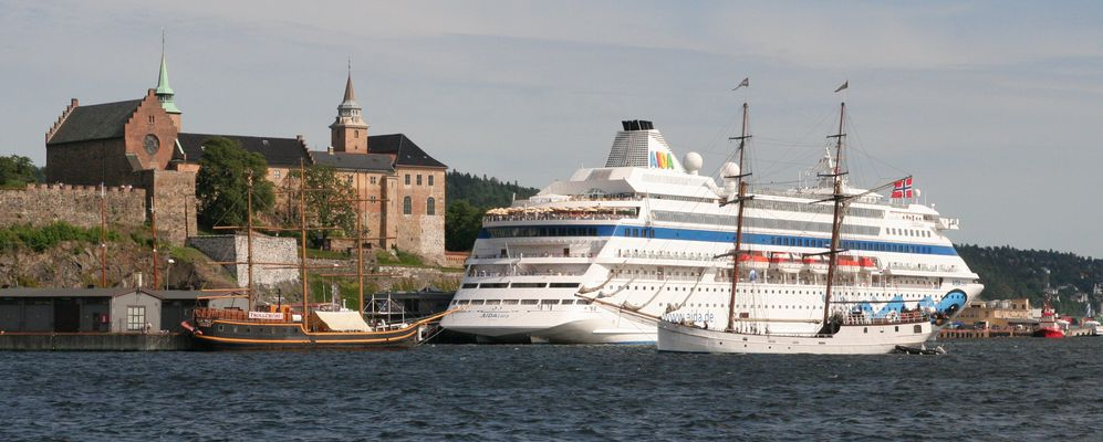 Oslo Akershus Aida und Segelschiff