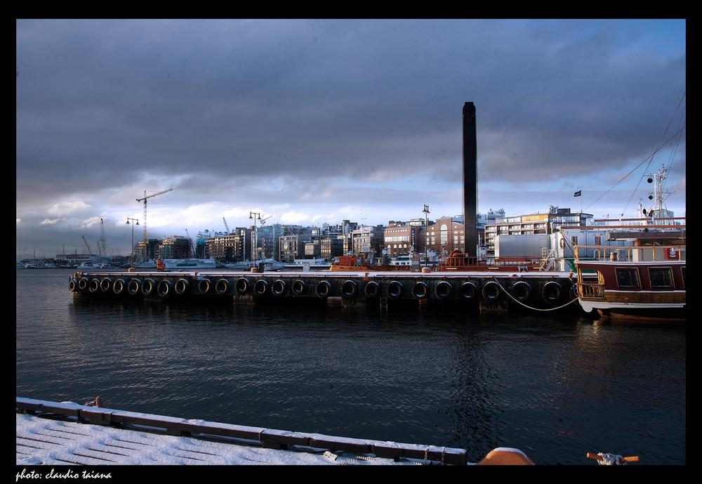 Oslo, il porto in dicembre