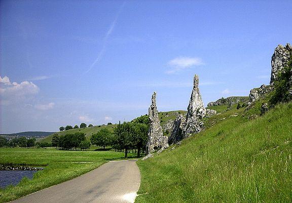Ostalb - Eselsburger Tal: Die steinernen Jungfrauen