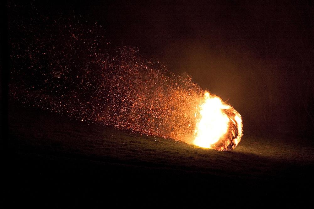 Oster-Feuerräderlauf 03 in Leeste