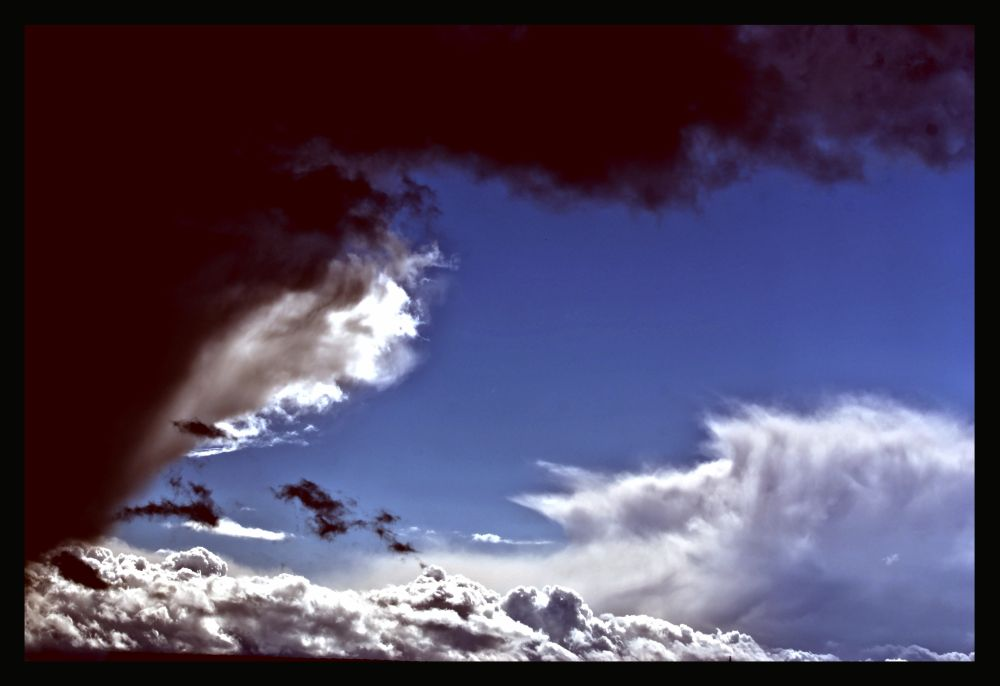 Ost...erwolken