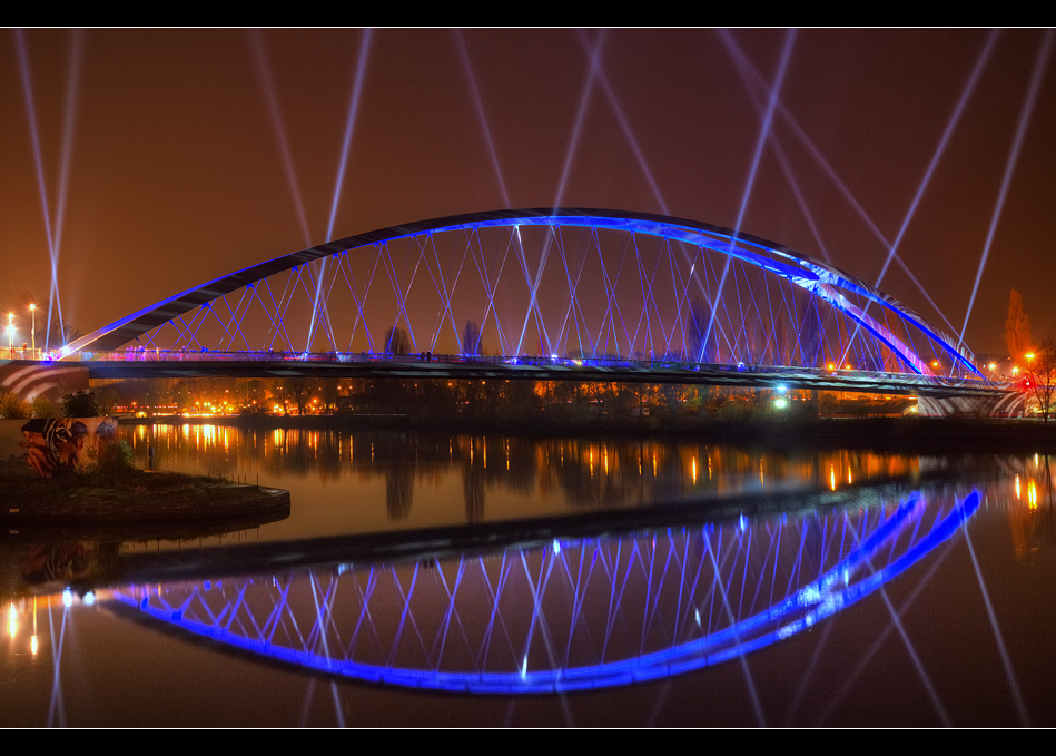 Osthafenbrücke 13