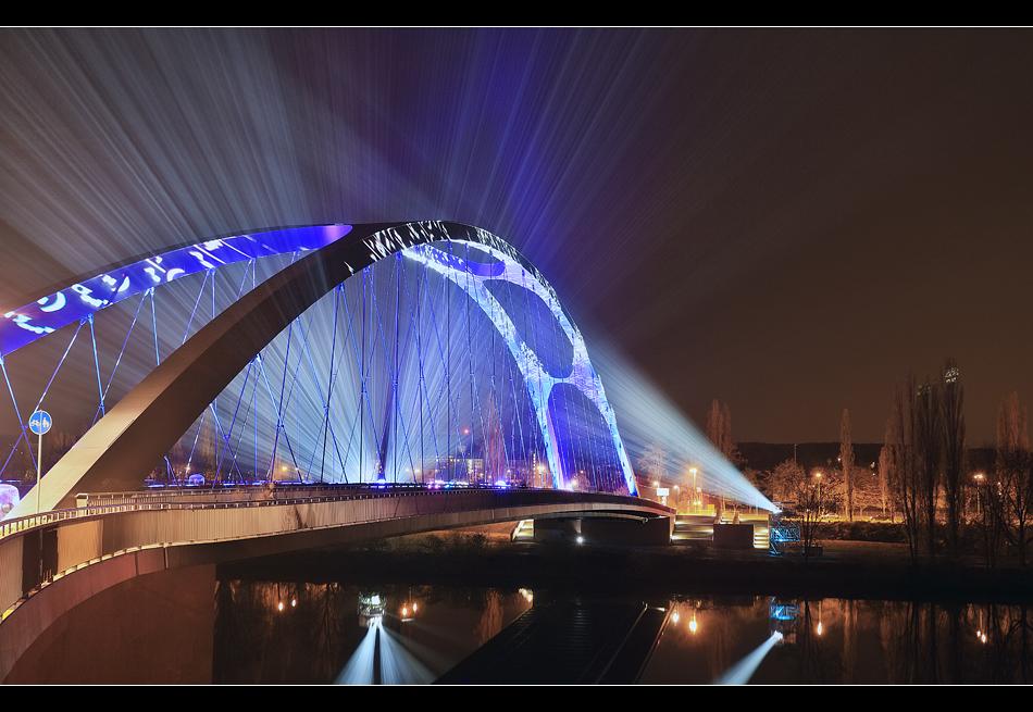 Osthafenbrücke 8