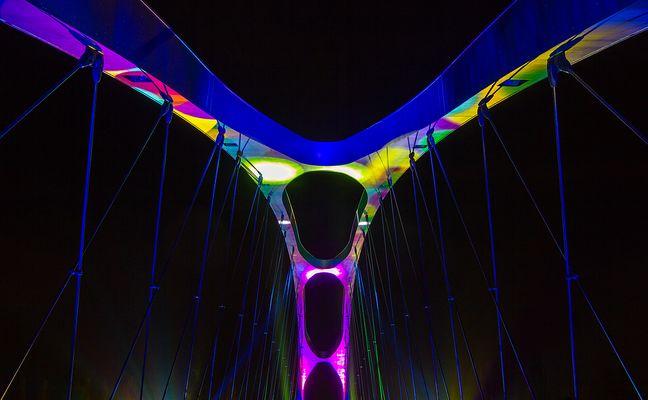 Osthafenbrücke in Frankfurt zur Luminale 2014
