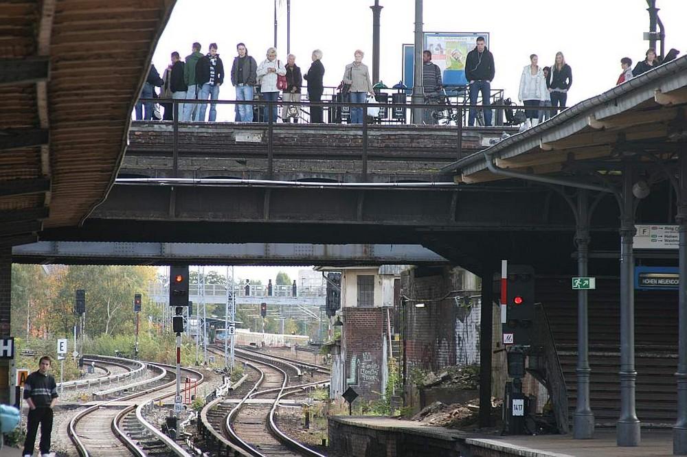 Ostkreuz II (..oder das Warten auf die richtige S-Bahn..)