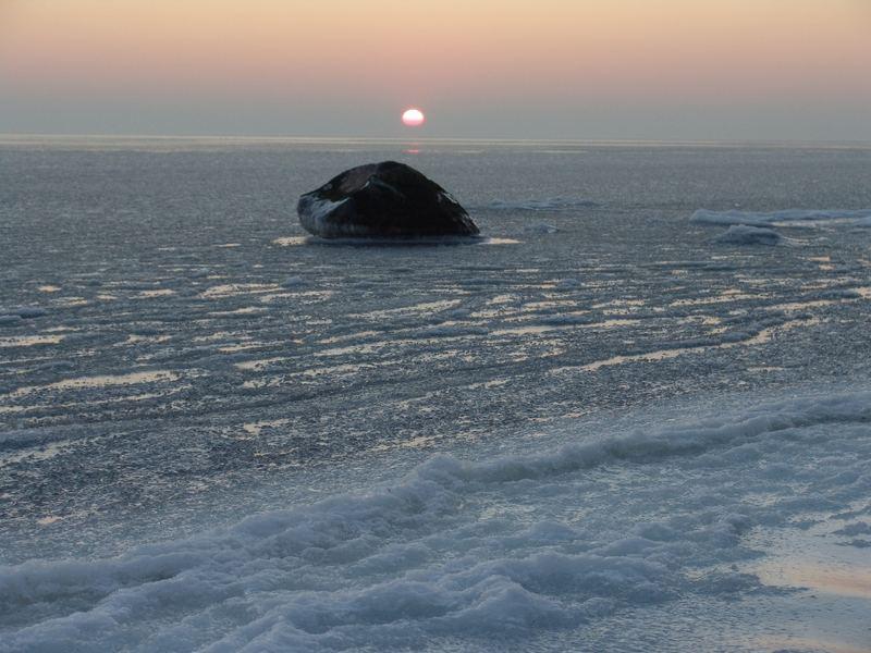 Ostsee im Eispanzer