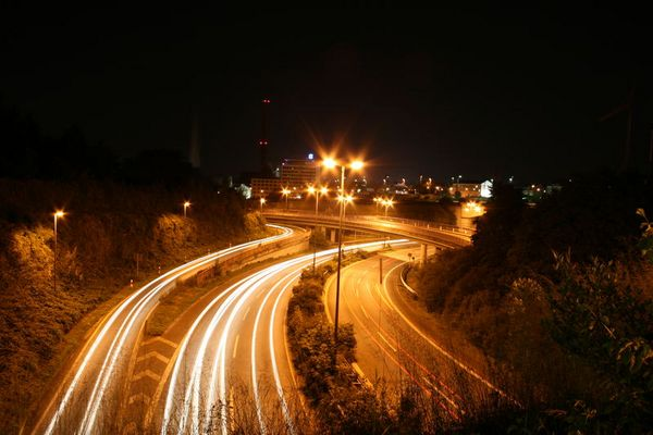 Ostwestfalendamm bei Nacht