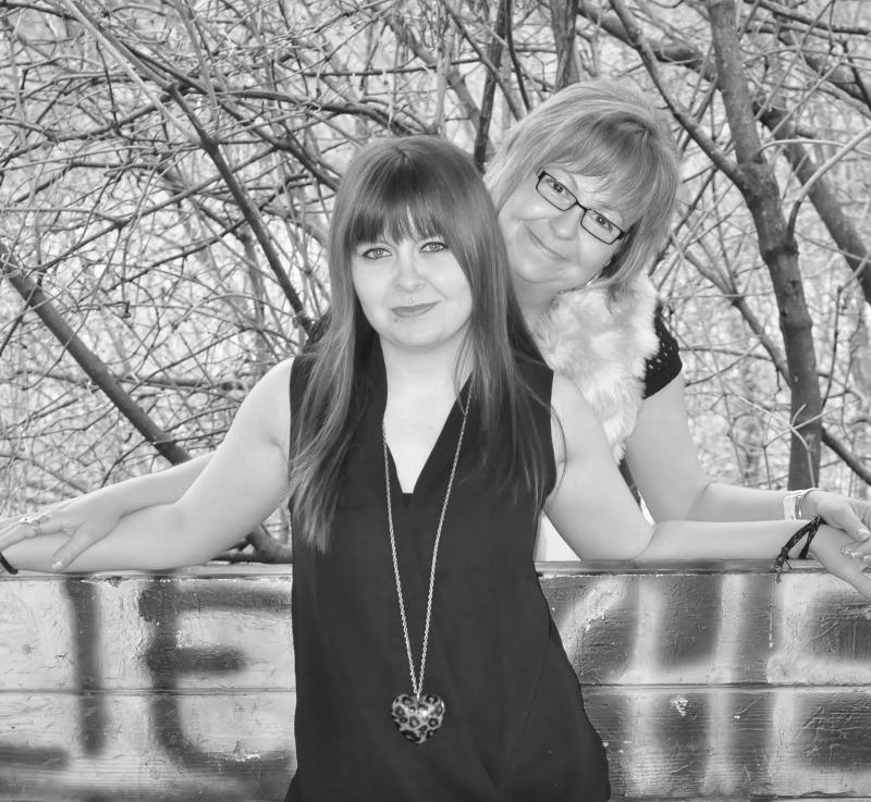 Outdoorshooting mit Heike und Anna 2