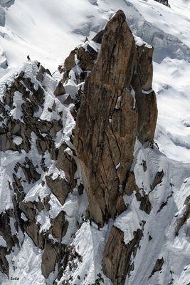 Overbooking - 11 escaladores -