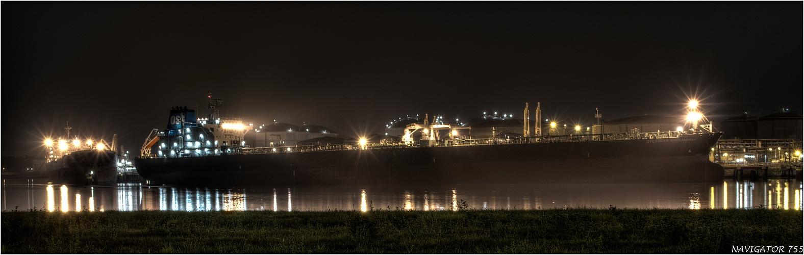 OVERSEAS SHENANDOAH / Crude Oil Tanker / Rotterdam / Bitte scrollen!