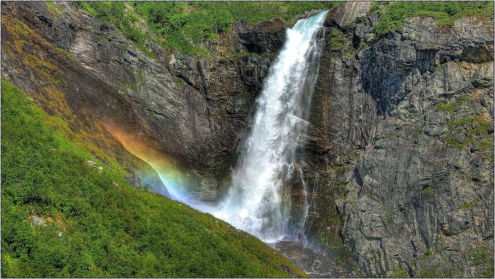 Ovstebrufossen in der Stryn-Kommune ; Norwegenreise 2012 ( HDR )