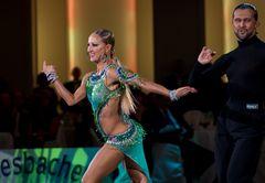 Oxana Lebedew und Pavel Zvychaynyy bei der Samba