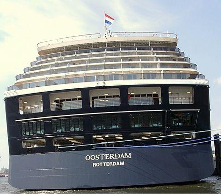 Ozeankreuzer Oosterdamm