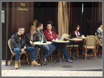 P a r i s (20) Ausruhen im Straßenkaffee ...