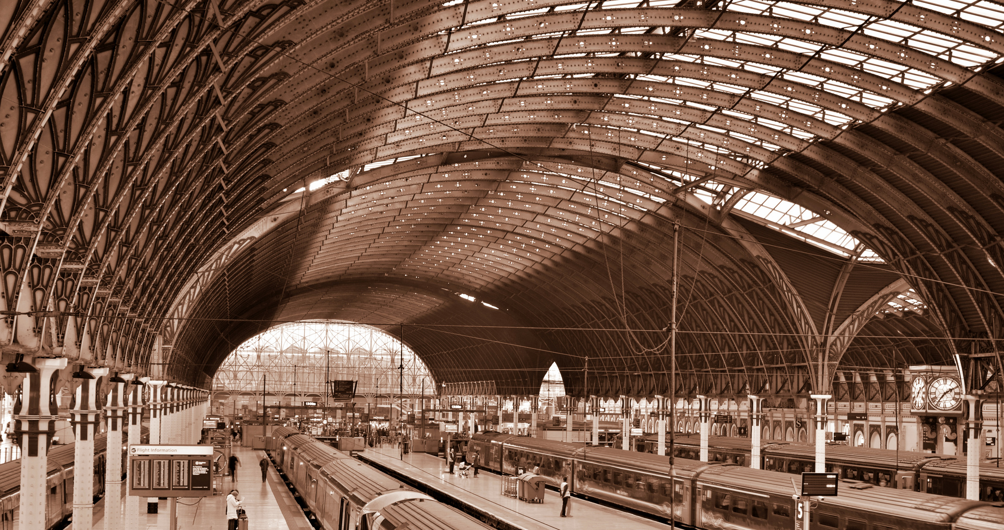Paddington Station - inside-