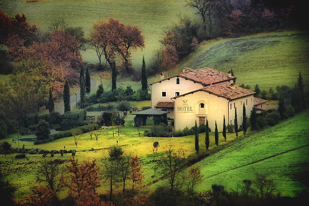 Paesaggio toscano foto immagini paesaggi campagna for Disegni di cabina di campagna