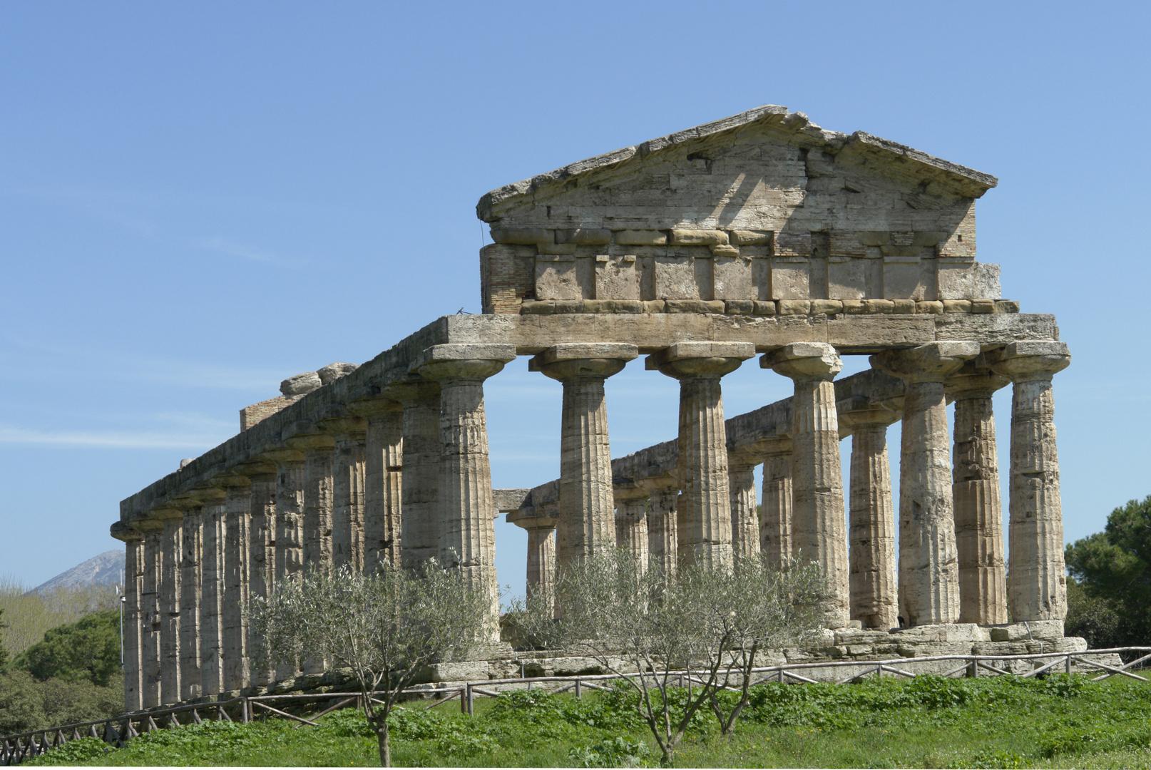 Paestum. Templo de Atenea, abril 2006