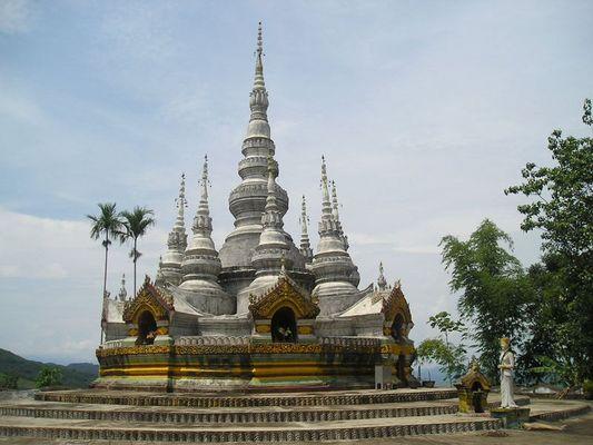 Pagoda Man feilong