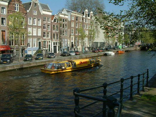 Paketzustellung in Amsterdam