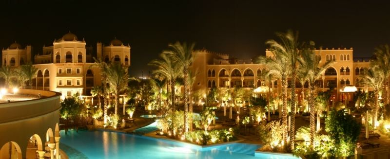 Palace @ night
