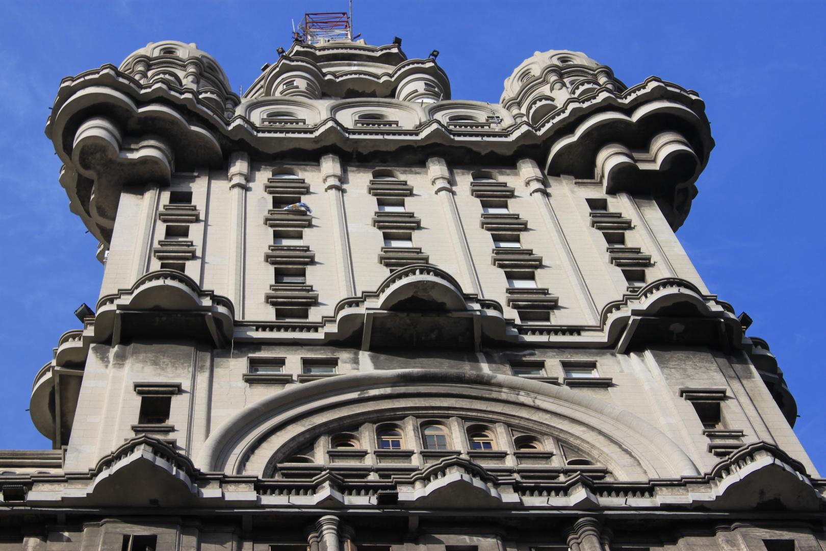 Palacio Salvo - Montevídeo - UR