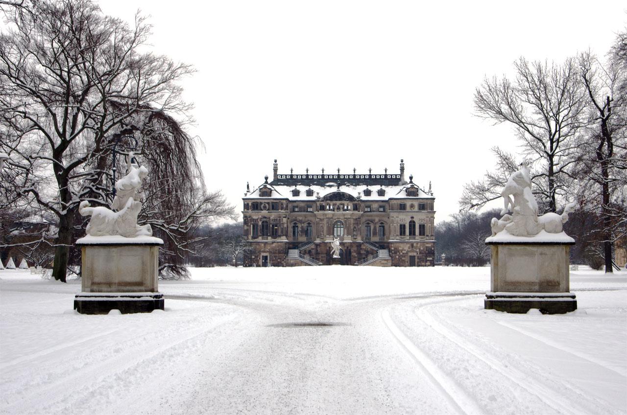 Palais im Großen Garten - im winterlichen März 2013