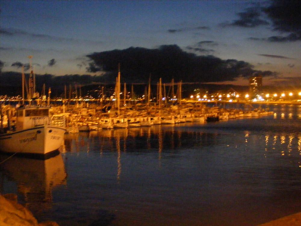 Palamos' port, blurred