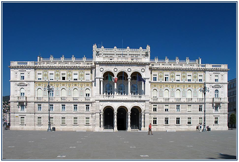 Palazzo del Governo - Piazza Unità d'Italia - Triest