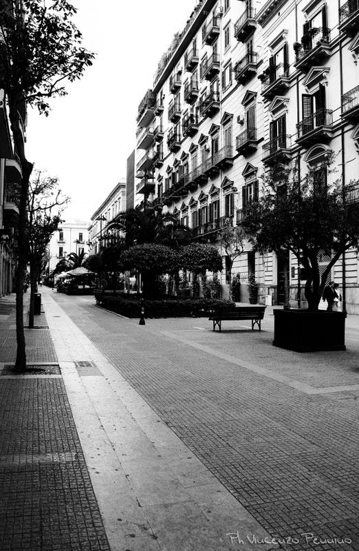 Palermo... oggi (via p.pe di belmonte)